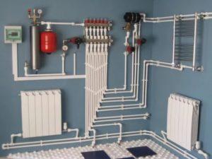 Монтаж гребенки отопления